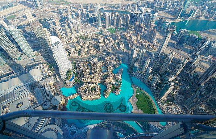 Ascensores del edificio más alto del mundo